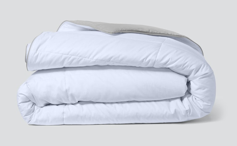 Folded lightweight humidity fighting duvet