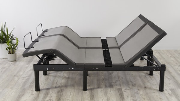 Rise adjustable split king with feet and head positioned up